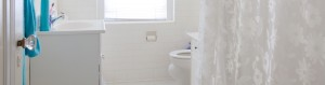 Bathroom in Traymore Apartments